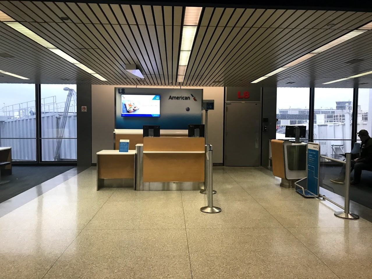 American Airlines Concourse Gate